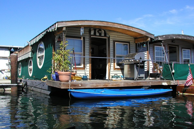 Innovative ways to make money with your boats!